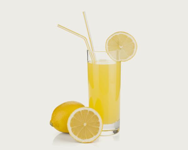 Citronjuice - basbildande och hälsosam