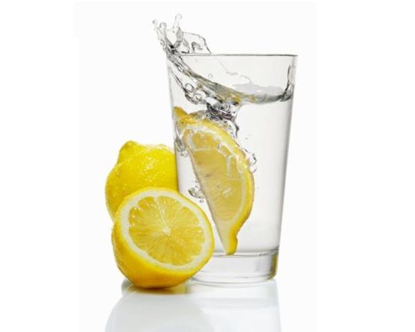 Dricka Citronvatten